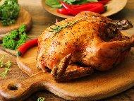 Печено цяло пиле в плик с гъби, моркови и соев сос